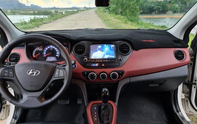 Cần bán gấp Hyundai Grand i10 sản xuất năm 20159