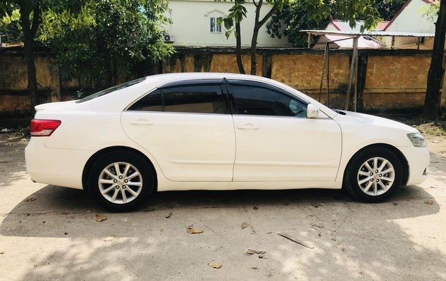 Cần bán gấp Toyota Camry đăng ký 2009, màu trắng còn mới, giá tốt 495 triệu đồng8