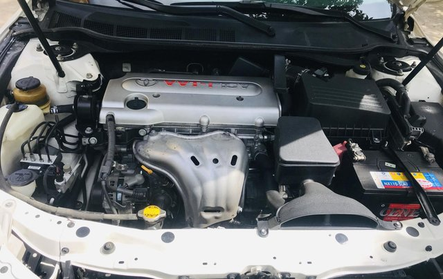 Cần bán gấp Toyota Camry đăng ký 2009, màu trắng còn mới, giá tốt 495 triệu đồng9