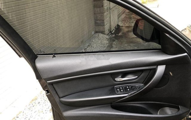 Bán BMW 320i sản xuất 20125