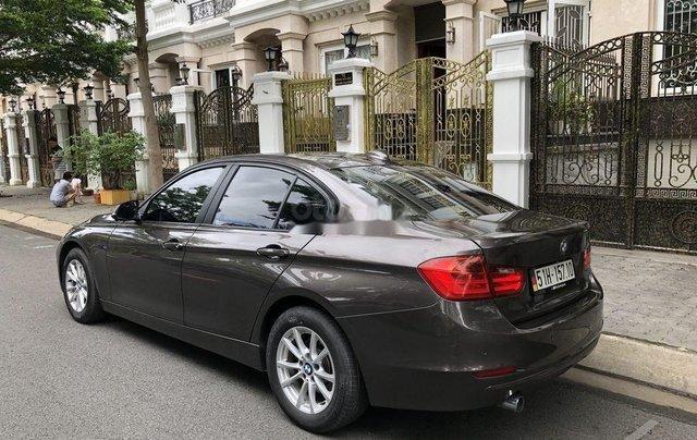 Bán BMW 320i sản xuất 20121