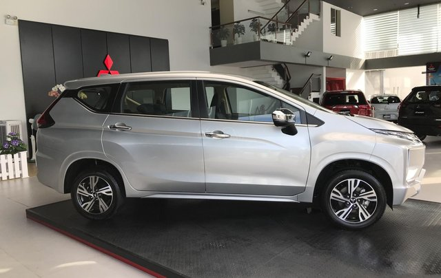 Mitsubishi Xpander 7 chỗ MT & AT, nhập khẩu & lắp ráp giảm 50% trước bạ2