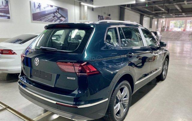 Xe Tiguan Luxury xanh rêu - khuyến mãi giá tốt - SUV 7 chỗ nhập khẩu5