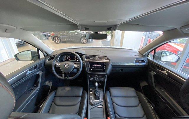 Xe Tiguan Luxury xanh rêu - khuyến mãi giá tốt - SUV 7 chỗ nhập khẩu8