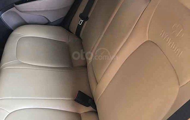 Cần bán gấp Hyundai Grand i10 1.2 MT sản xuất 2018, màu trắng còn mới 2