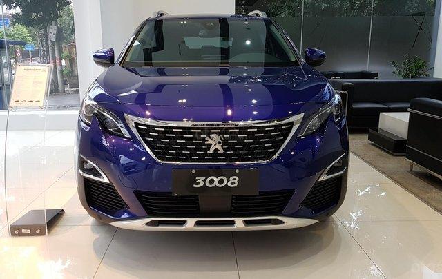 Giá xe Peugeot 3008 ưu đãi 130 triệu & 50% TTB – lái thử tại nhà, cùng nhiều quà tặng như thảm sàn và phim cách nhiệt0