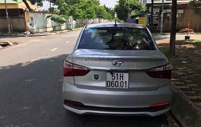 Bán Hyundai Grand i10 năm sản xuất 2017, màu bạc  3