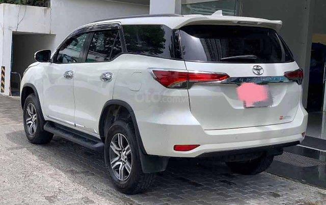 Bán Toyota Fortuner V năm 2016, màu trắng, nhập khẩu còn mới  1