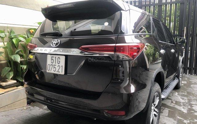 Bán Toyota Fortuner V 2x2 máy xăng 2018 nhập Indonesia đi 17.000km bao check hãng10