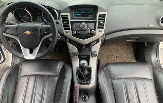 Xe Chevrolet Cruze sản xuất 2017 còn mới7