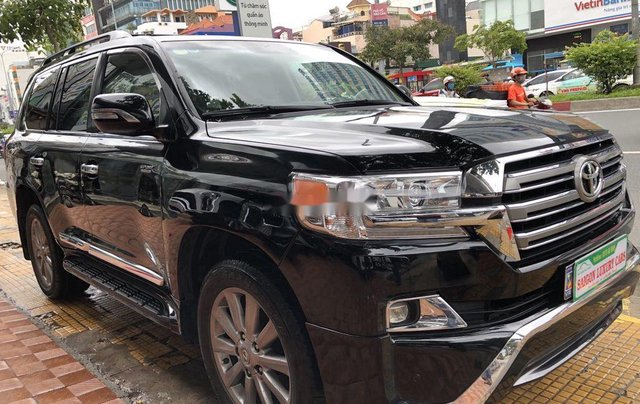 Bán Toyota Land Cruiser đời 2018, màu đen, siêu hiếm, cực chất5