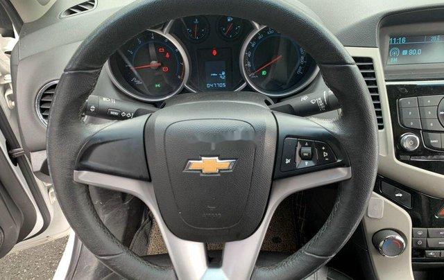 Xe Chevrolet Cruze sản xuất 2017 còn mới8