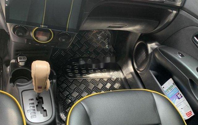 Cần bán gấp Kia Morning sản xuất 2011, xe chính chủ còn mới, giá ưu đãi4