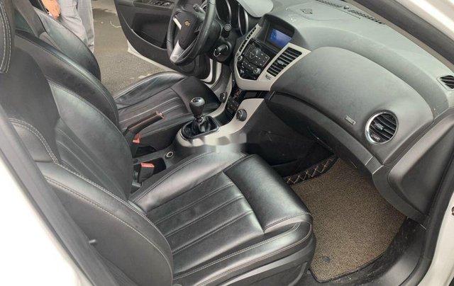 Xe Chevrolet Cruze sản xuất 2017 còn mới6