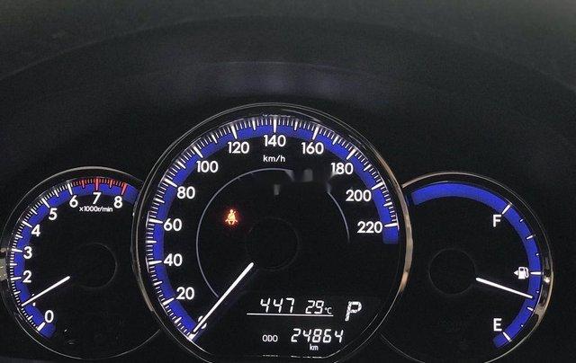 Bán Toyota Yaris đời 2018, màu xám còn mới giá cạnh tranh3