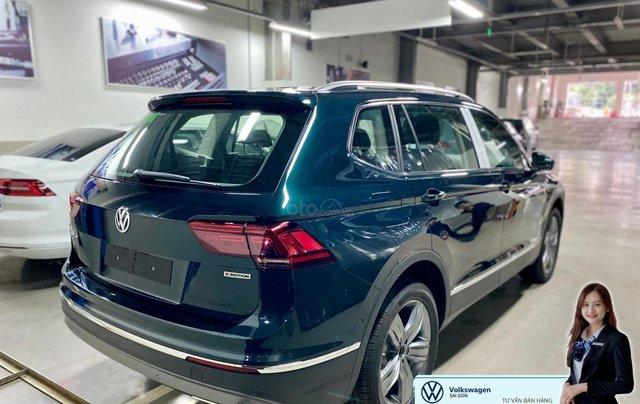 Xe Tiguan Luxury xanh rêu - khuyến mãi giá tốt - SUV 7 chỗ nhập khẩu1