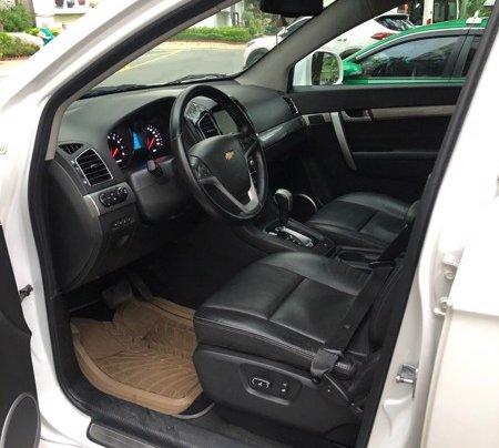 Bán xe Chevrolet Captiva 2017, màu trắng, số tự động, 428 triệu11