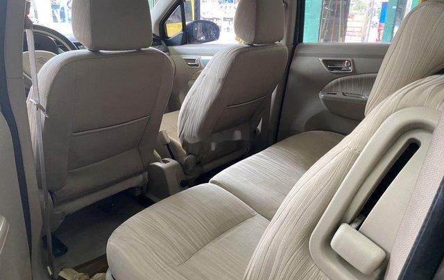Gia đình bán Suzuki Ertiga năm sản xuất 2016, màu xám, xe nhập, 7 chỗ8