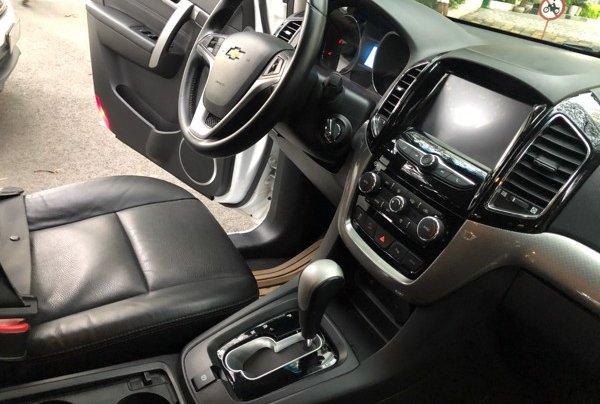 Bán xe Chevrolet Captiva 2017, màu trắng, số tự động, 428 triệu38