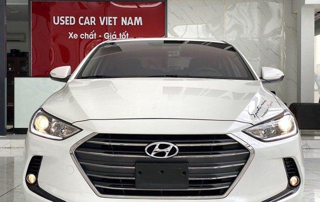 Bán Hyundai Elantra GLS 1.6MT sản xuất 2019, màu trắng, biển TP. HCM tên cá nhân0