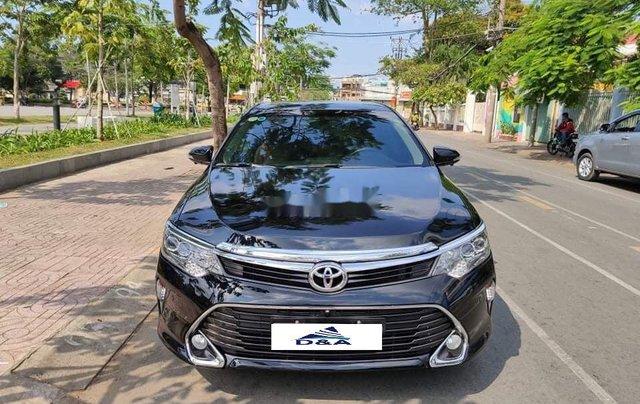 Bán Toyota Camry 2.5 Q năm sản xuất 2016, màu đen, biển HN2