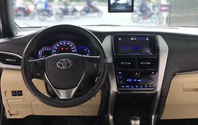 Bán Toyota Yaris đời 2018, màu xám còn mới giá cạnh tranh7