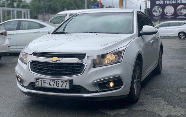 Xe Chevrolet Cruze sản xuất 2017 còn mới1