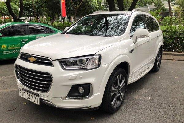 Bán xe Chevrolet Captiva 2017, màu trắng, số tự động, 428 triệu1