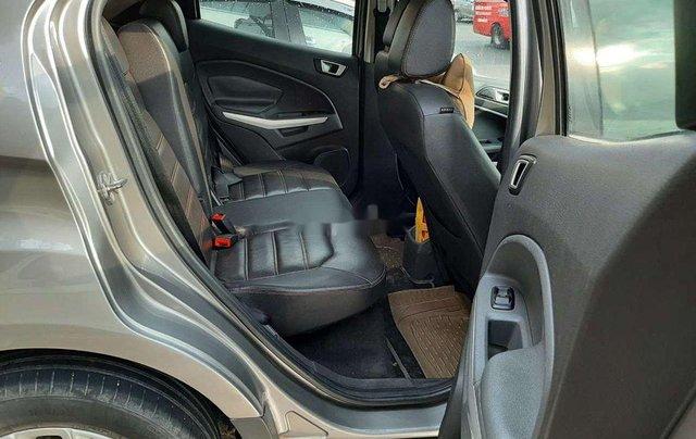 Bán gấp chiếc Ford EcoSport 2016 số tự động không đâm đụng, xe giá mềm4