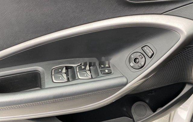 Cần bán lại xe Hyundai Santa Fe sản xuất 2014, màu trắng 11