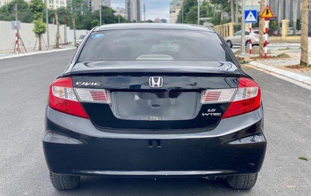 Bán ô tô Honda Civic 1.8AT 2015, màu đen, giá chỉ 515 triệu5