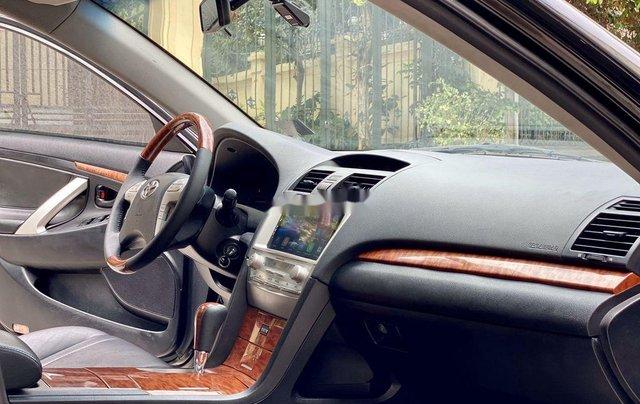 Cần bán gấp Toyota Camry sản xuất năm 2010, nhập khẩu nguyên chiếc còn mới8