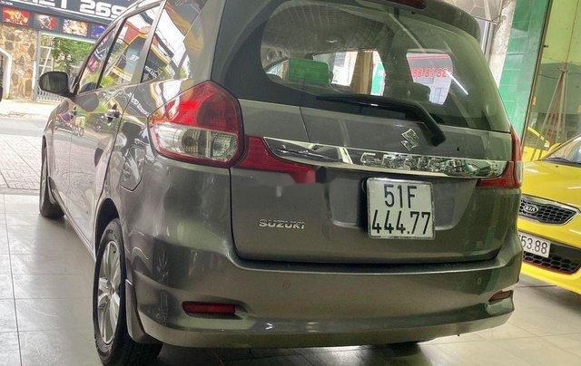 Gia đình bán Suzuki Ertiga năm sản xuất 2016, màu xám, xe nhập, 7 chỗ4