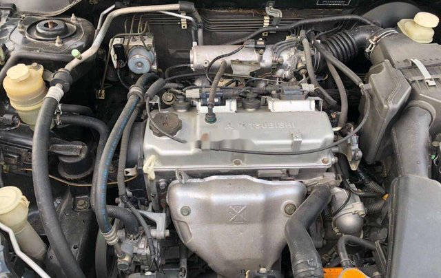 Lên đời bán Mitsubishi Lancer năm 2003, màu đen, máy chất6