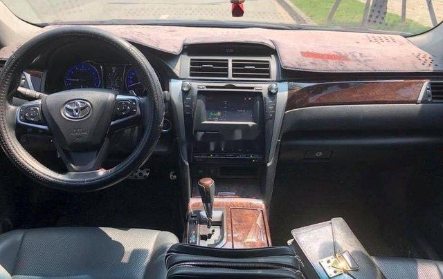 Bán Toyota Camry 2.5 Q năm sản xuất 2016, màu đen, biển HN6