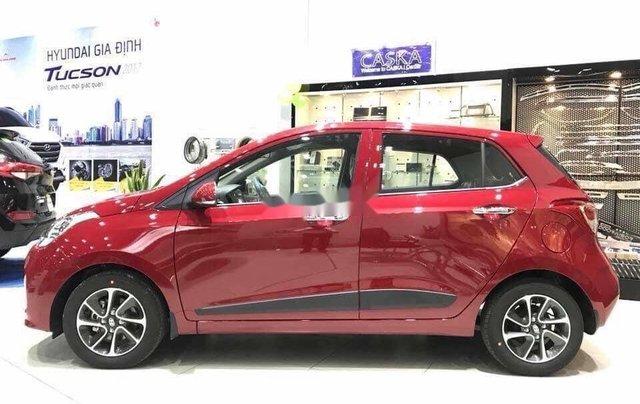 Bán Hyundai Grand i10 sản xuất năm 2020, màu đỏ, mới hoàn toàn2
