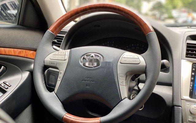 Cần bán gấp Toyota Camry sản xuất năm 2010, nhập khẩu nguyên chiếc còn mới11