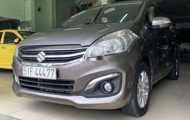 Gia đình bán Suzuki Ertiga năm sản xuất 2016, màu xám, xe nhập, 7 chỗ0