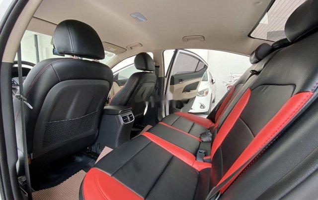 Bán Hyundai Elantra GLS 1.6MT sản xuất 2019, màu trắng, biển TP. HCM tên cá nhân6