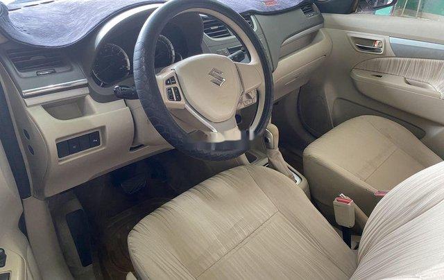 Gia đình bán Suzuki Ertiga năm sản xuất 2016, màu xám, xe nhập, 7 chỗ6