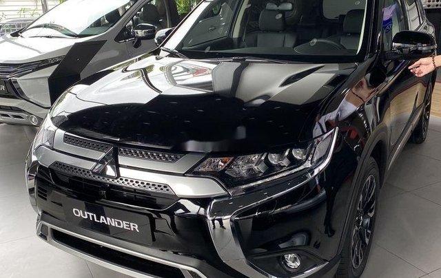 Bán xe Mitsubishi Outlander sản xuất năm 2020, màu đen, mới hoàn toàn0