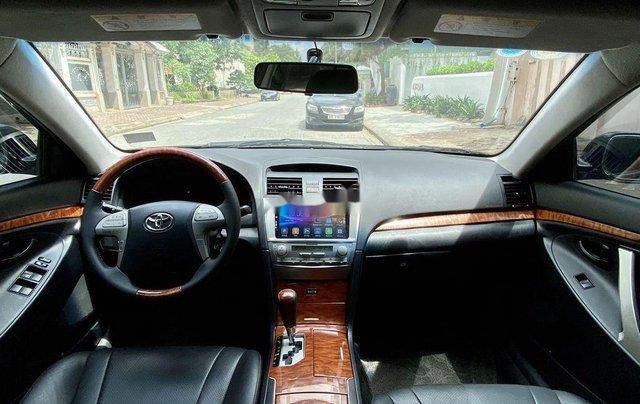 Cần bán gấp Toyota Camry sản xuất năm 2010, nhập khẩu nguyên chiếc còn mới10
