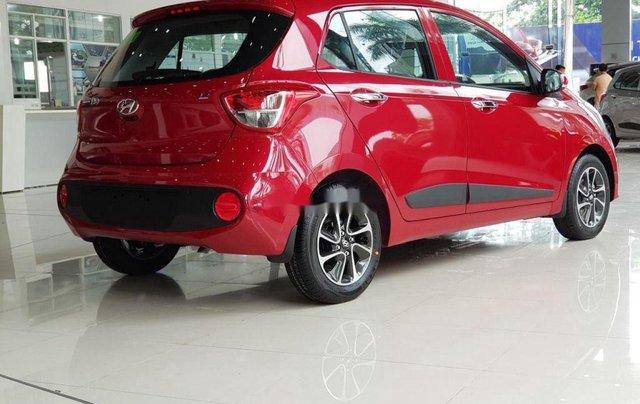 Bán Hyundai Grand i10 sản xuất năm 2020, màu đỏ, mới hoàn toàn3