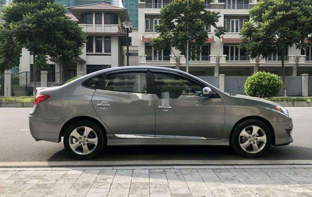 Bán Hyundai Avante sản xuất 2011, màu xám, 320tr3