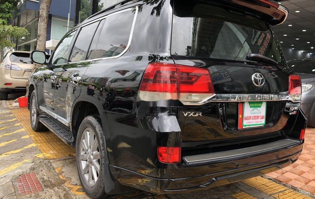 Bán Toyota Land Cruiser đời 2018, màu đen, siêu hiếm, cực chất7