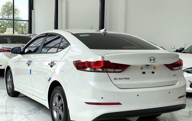 Bán Hyundai Elantra GLS 1.6MT sản xuất 2019, màu trắng, biển TP. HCM tên cá nhân3