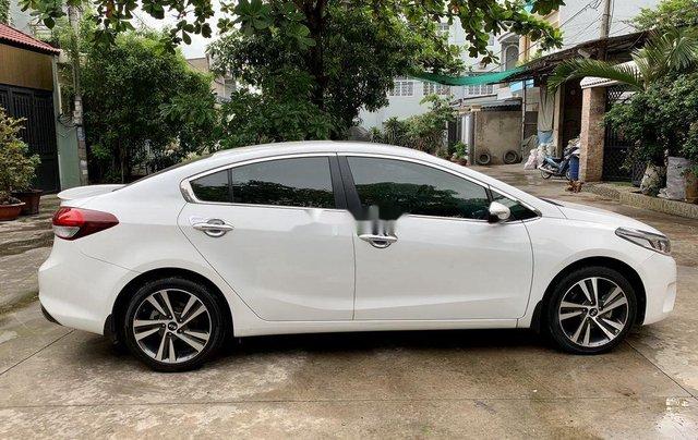 Cần bán xe Kia Cerato AT năm sản xuất 2017, xe chính chủ còn mới, động cơ ổn định3
