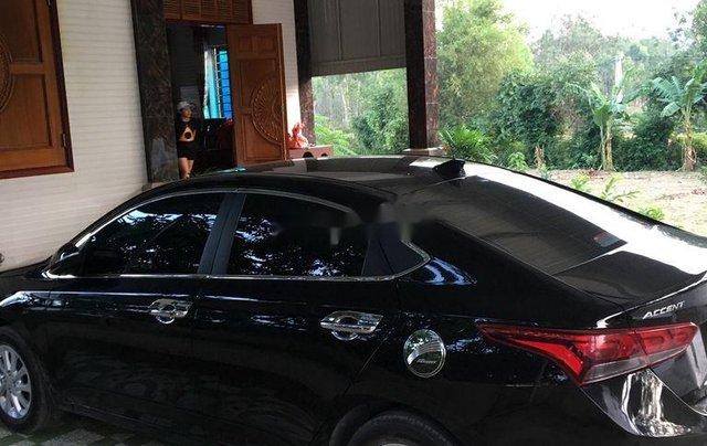 Bán xe Hyundai Accent 1.4MT đời 2018, màu đen chính chủ1