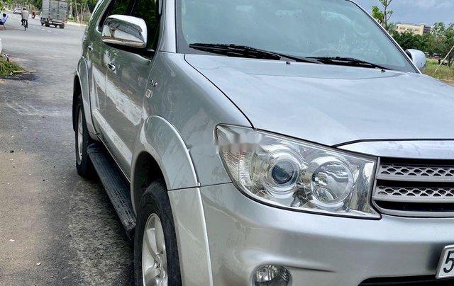 Bán Toyota Fortuner sản xuất năm 2009, màu bạc 3