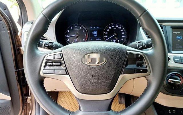 Cần bán gấp Hyundai Accent đời 2019, nhập khẩu, màu vàng cát8